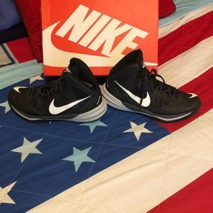 Nike Men's Basketball Shoes